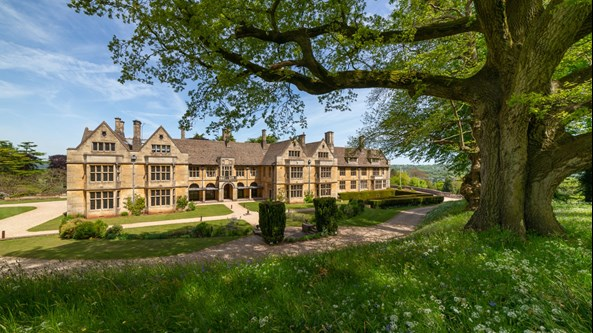 Coombe-Lodge-Exclusive-Events-Venue-near-Bristol-and-Somerset